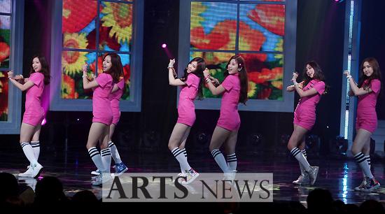[아츠포토] 엠카 에이핑크 '러블리한 핑크빛 물결!'