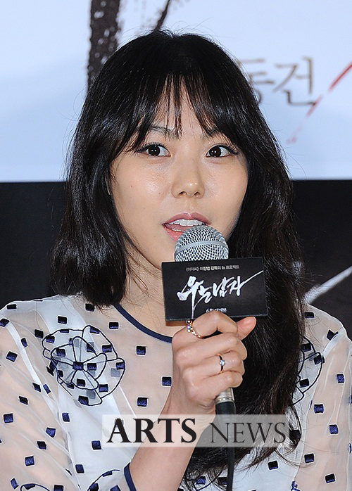 [아츠포토] 김민희, 말하는 모습도 사랑스러워
